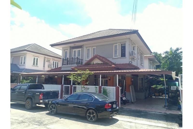 ขายบ้านเดี่ยว 2 ชั้น 50 ตารางวา สภาพพร้อมอยู่อาศัย หมู่บ้านวรารักษ์ รามอินทรา (ซอยเลียบคลองสอง 27)